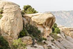 DANA rezerwat przyrody JORDANIA, KWIECIEŃ, - 27, 2016: Arabski przewdonik w Da Fotografia Stock