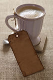 danad gammal paper prislapp för kaffekopp Royaltyfri Foto