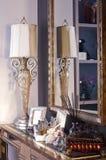 danade gammala stands för lampspegel Royaltyfria Bilder