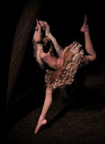 Dançarino nas madeiras Foto de Stock Royalty Free