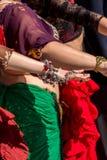 DancerÂs Hand, die jewerly darstellt Lizenzfreie Stockbilder