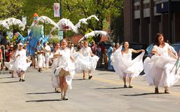 Dancers at cinqo de mayo parade Royalty Free Stock Photos
