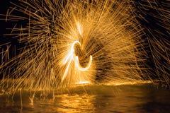 Dancing del fuoco Fotografia Stock Libera da Diritti