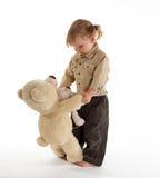Dancing della bambina con i teddybears Immagine Stock