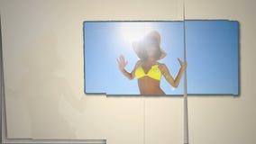 Dancing della donna sulla spiaggia stock footage