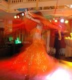 Dancing di pancia commovente Fotografia Stock
