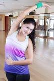 Dancing indiano della donna nel centro di forma fisica Fotografia Stock Libera da Diritti