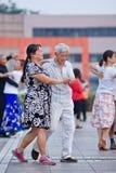 Dancing quadrato collettivo a Pechino, Cina Fotografia Stock