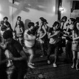 Dancingowa Partyjna noc w Pipa Brazylia Zdjęcia Stock