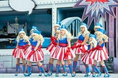 Dancingowe blond Amerykańskie dziewczyny obrazy royalty free