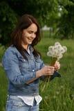 dandelion dziewczyna Zdjęcie Royalty Free