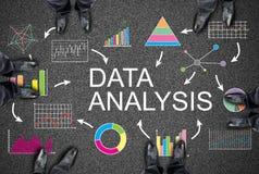 Dane analizy pojęcie na drodze zdjęcia stock
