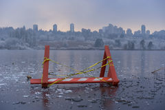 Danger, lac congelé Photographie stock libre de droits