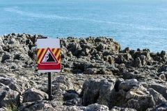 Falling rocks sign Royalty Free Stock Photos
