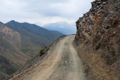 Dangerous mountain road Royalty Free Stock Images