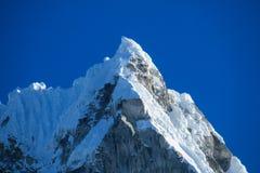 Dangerous snow mountain Royalty Free Stock Photos