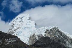 Dangerous snow peak Royalty Free Stock Photography