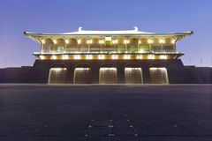 Dangfeng-Tor des daming Palastnachtsichtgeräts, luftgetrockneter Ziegelstein rgb Stockfotografie