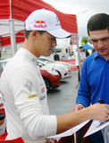 Dani Sordo geeft autographs in Moskou Stock Foto's