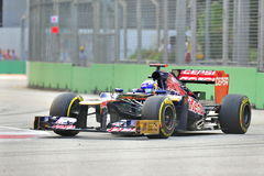 Daniel Ricciardo racing in F1 Singapore GP Stock Images