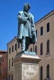 Daniele Manin-standbeeld in Venetië, Italië stock foto