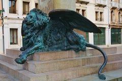 Daniele Manin staty, lejon, i Venedig, Europa royaltyfri fotografi