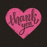 Danke handgeschriebene Vektorillustration auf rosa Herzhintergrund Stockbild