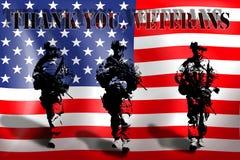 DANKE VETERANE auf dem Hintergrund der amerikanischen Flagge mit den Soldaten stock abbildung