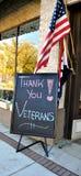 Danke Veteranenzeichen und -flagge Stockbilder