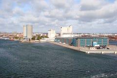 Danmark kust av Östersjön nära staden av Köpenhamnen arkivbilder