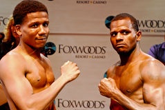 Dannie Williams and Hank Lundy Weigh-in Royalty Free Stock Image