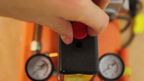 Dans et de pression indicateurs de compresseur d'air clips vidéos