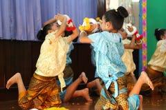 Dans för Thailand studentkultur Arkivbilder