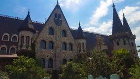 Dans l'amour avec le vent, le château de Ravadinovo - la Bulgarie Photo libre de droits