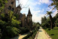 Dans l'amour avec le vent, le château de Ravadinovo - la Bulgarie Photos libres de droits
