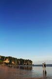 Dans l'amour sur la plage Photos libres de droits