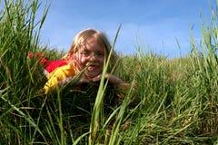Dans l'herbe Images libres de droits