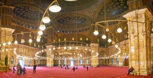 Dans la mosquée d'albâtre de la citadelle du Caire, l'Egypte photo stock