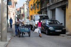 Dans la rue de la ville d'Ismir Images libres de droits