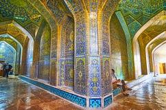 Dans le couloir de Sheikh Lotfollah Mosque, Isphahan, Iran images libres de droits