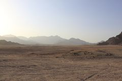 Dans le désert, Governorate du sud de Sinai, Qesm Sharm Ash Sheikh, Egipt photos stock