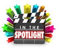 Dans le film de projecteur le clapet tient le premier rôle des RP d'appréciation de reconnaissance Photos libres de droits