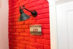 Dans le hall rouge dans un hôtel cinq étoiles dans Kranevo, la Bulgarie Photos libres de droits