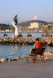 Dans le port de Kusadasi au coucher du soleil Photographie stock libre de droits