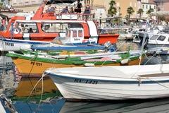 Dans le port de Rovinj Images libres de droits