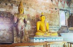 Dans les grands Rois Cave de Dambulla image libre de droits