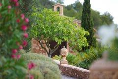 Dans un jardin espagnol Photographie stock libre de droits