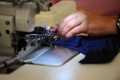 Dans un petit atelier de couture Photo libre de droits