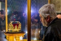Dans Uzhgorodaccueille des couronnes d'une exposition du monde Image libre de droits