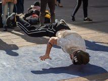 Dansa avbrottsdans i bolognaen, Italien arkivbilder